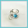 chir.drát + howlit a říční perly, prstýnek